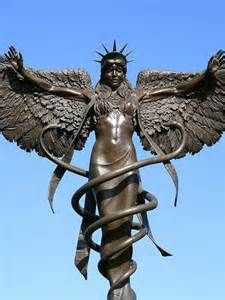 12h - flying goddess & alien giant Inanna / Columbia / Liberty