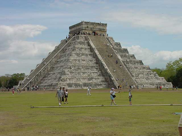 18b - Mayan Pyramid-el-Castillo, , Ningishzidda - Quetzalcoatl was the architect-builder of the world's great pyramids & ziggurats, he also aligned things to astrological clocks, & created calanders for earthlings everywhere