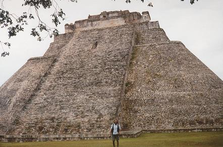 18f - Yucatan ruins, , Ningishzidda - Quetzalcoatl was the architect-builder of the world's great pyramids & ziggurats, he also aligned things to astrological clocks, & created calanders for earthlings everywhere