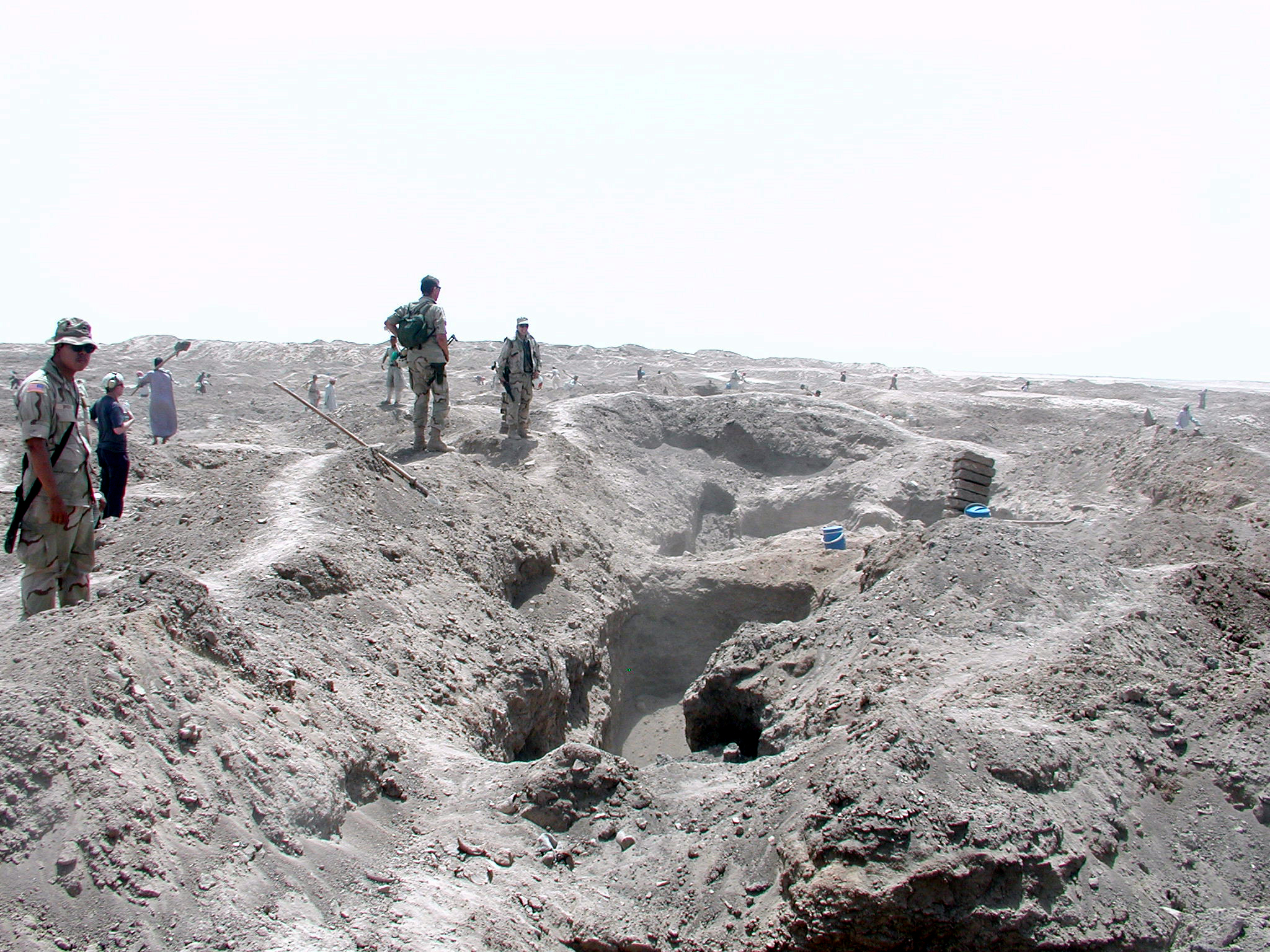 archeology in Isin, badly looted Isin pictured while US troops were stationed in Iraq, a small amount of excavations vrs. lootings have been done