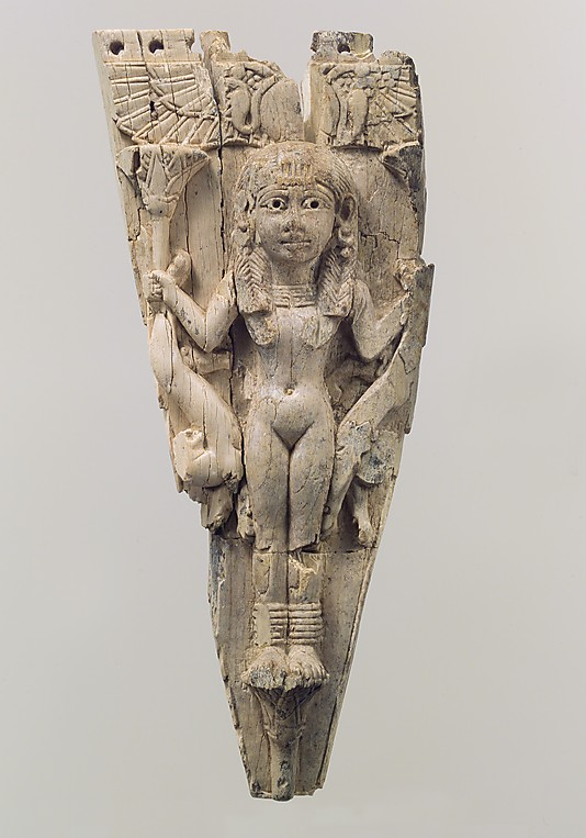 1g - ancient artefact of the Goddess of Love Inanna carved into ivory
