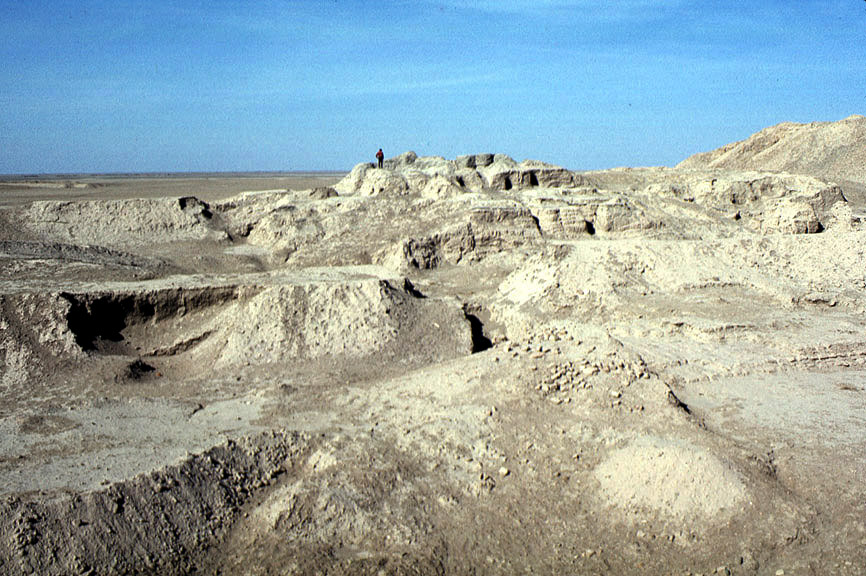 2 - Utu's temple destroyed, ten thousand years after the Great Flood, the temple - house of Utu uncovered & discovered along with hundreds of artefacts from the days when the sons of god(s) came down from Heaven, & colonized Earth for their benefits