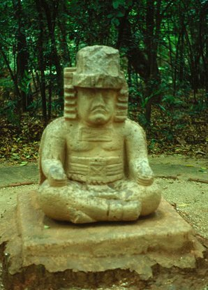 2a - a seated Olmec artefact, Olmec's are black Africans shipped to the Yucatan by Ningishzidda, 1st humans to inhabit So. America & Central America, as dislpayed by Sitchin in the Mexico City Museum