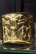 2d - Ninurta's double-headed eagle, goblet 1,400 B.C., the royal heir of Heaven & Earth Colony was well known & well worshipped in Mesopotamia, as is still today in Freemasonry