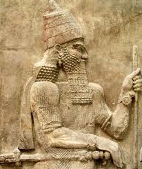 2gh - Sargon, giant mixed-breed spouse-king to Inanna, his story is the 1st story of a Moses legend, but a thousand years earlier, Sargon was a giant mixed-breed son of a giant mixed-breed high-priestess, she was serving the Anunnaki in the house - temple of one of the gods, & had an unwanted child, high-priestesses were suppose to be childless, & available to the gods at all times