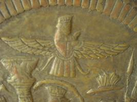 """3a - Anu in flight, Sky God Anu, watched from above, on occasion visited Earth Colony, check on his sons, solve arguments between his 2 eldest sons, 1/2 brothers Enlil & Enki, Enki the eldest but born of a concubine mother, Enlil second eldest & born of the """"double seed"""", father Anu & mother Antu, the sister-spouse of Anu, making Enlil heir to his father Anu in Heaven - Nibiru, the exact tradition was later practiced by the Biblical """"Heroes of old"""", SEE GENESIS FOR SPOUSE INFO ON 1ST 20 GENERATIONS"""