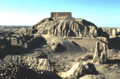 3a - Enlil's Ekur - House in Nippur, Enlil's mud brick-built ziggurat - house, the bricks are still standing today after many thousands of years