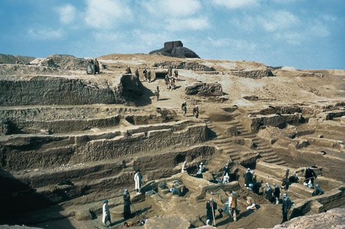 3n - Enlil's city excavated below the mountain made of mud bricks, fired so hot & hard that we cannot make them today