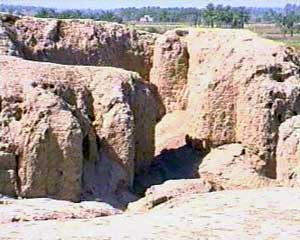 """4a - Kish grand palace, Kish excavation, 1st city on Earth to have a king, home of the """"creator goddess"""", the """"birth mother"""", the woman who helped create """"modern man"""", the workers for the gods"""