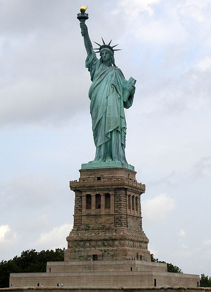 4i - Statue of Columbia with Liberty Torch, Inanna & the liberty torch