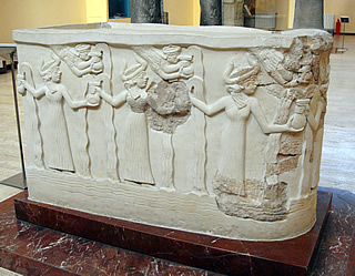 5a - goddesses of Lagash artefact depicting the alien goddesses who once lived there with Ninurta