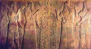 Shalmaneser II greets Babylonian king, with directing gods in flying disc above