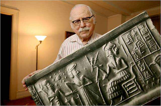 1a - Thank You Zecharia Sitchen for all your years of hard investigations, & exposing the actual hidden truth of the ancients, the author of many books concerning Ancient Mesopotamia, the Anunnaki gods, & more