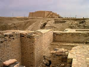 3ea - Nannar's Ur, city-state capitol of Mesopotamia, temple view from the city far below, Nannar stated his needs to the high-priest who immediately saw to them, if he had a directive, he gave it to the kings to execute, the kings passed the decree on to the people