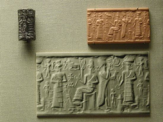 5j - Inanna & Marduk, Nannar & Enlil, Inanna battles Marduk, Nannar it seems stays out of it, Enlil assists Inanna with her wishes to cause Marduk great grief