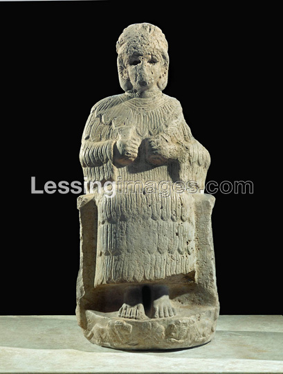 2 - Inanna seated upon her throne in Uruk
