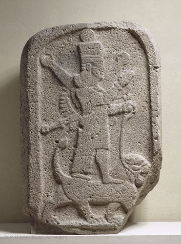 1c - battle dressed giant alien Goddess of War, Babylonian Ishtar - Sumerian Inanna, atop her zodiac symbol Leo the Lion