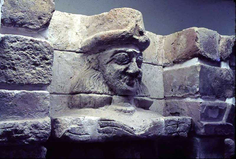 1e - Uruk giant mixed-breed kings heads carved into the city walls of ancient Uruk, the face of a giant mixed-breed offspring of the gods, appointed to positions of power over other earthlings as Earth's 1st kings, queens, high-priests, high-priestesses, etc.