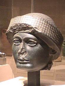 Gudea bust, governer - king of Lagash, mixed-breed son-king of Ninsun's
