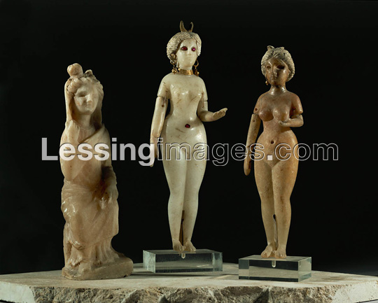 naked statuettes of the Goddess of Love Inanna