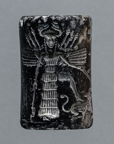 winged Inanna with alien technologies
