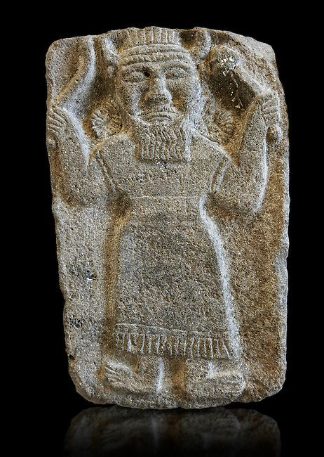 10v - Ishkur - Adad stele, alien giant responsible for the death of earthlings for thousands of years in wars