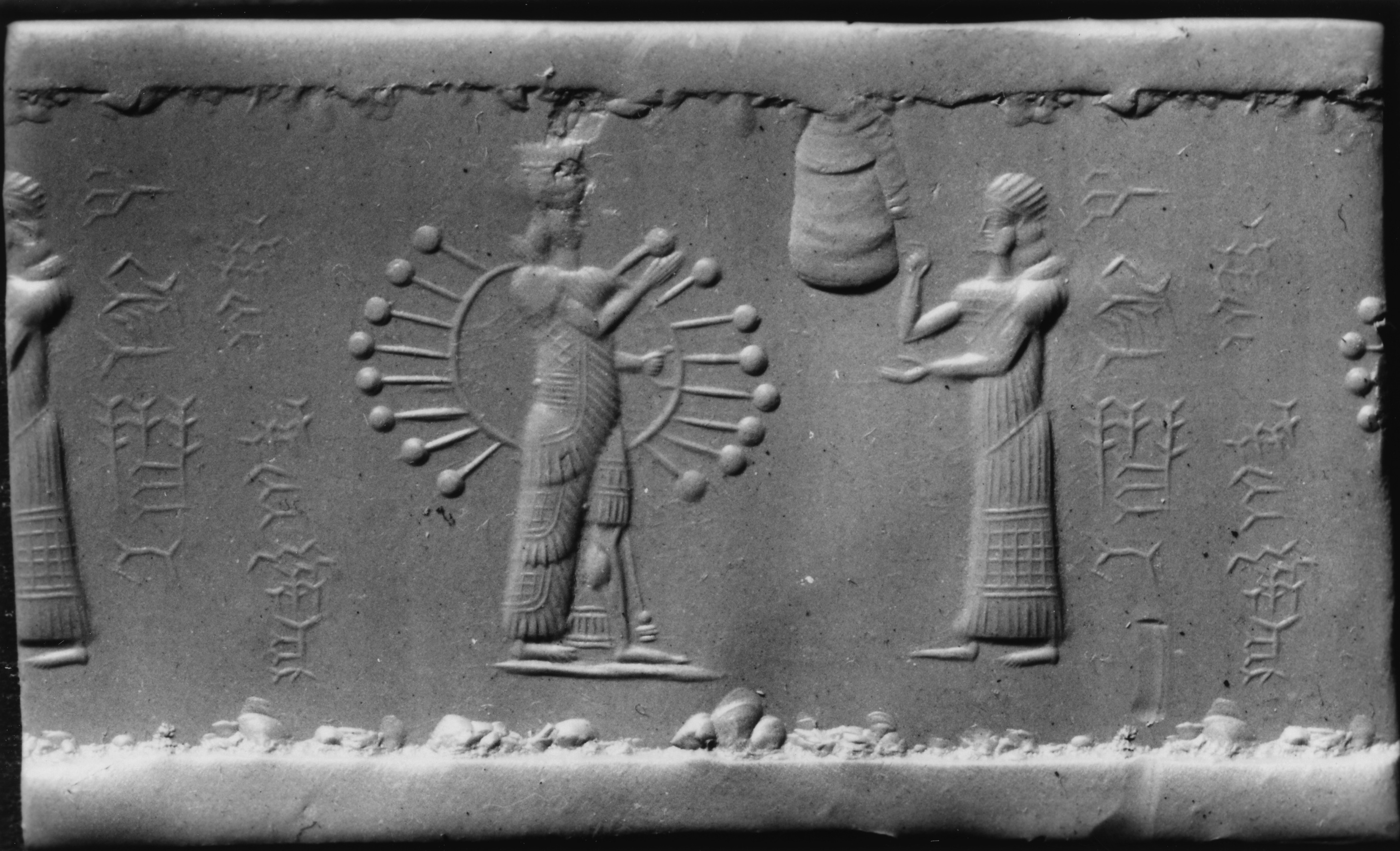 31 - Inanna with all her majesty, & her cautioning grandaunt Ninhursag