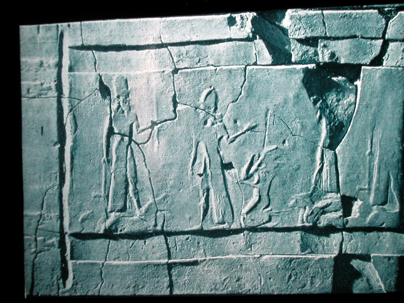 6b - Ashur brings Tukulti-Ninurta before Ninurta & Adad; wall rekief with text