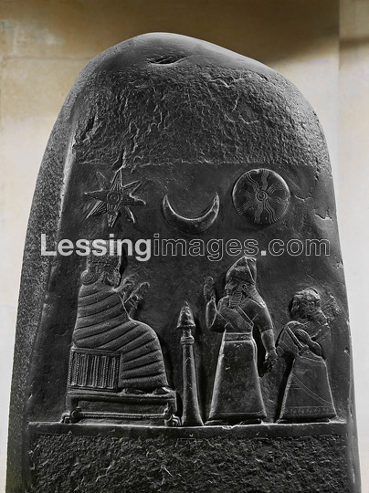 6b - giant goddess Nanaya receives Babylonian King Melishipak II begging help for his ill daughter