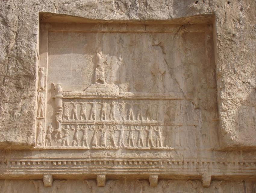 26 - giant Persian mixed-breed king's tomb & earthling workers